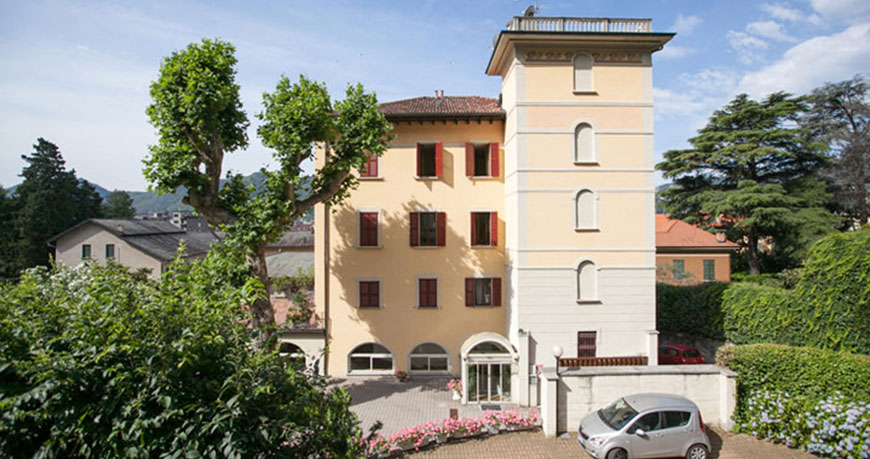 Hotel quarcino for Hotel meuble moderno laveno