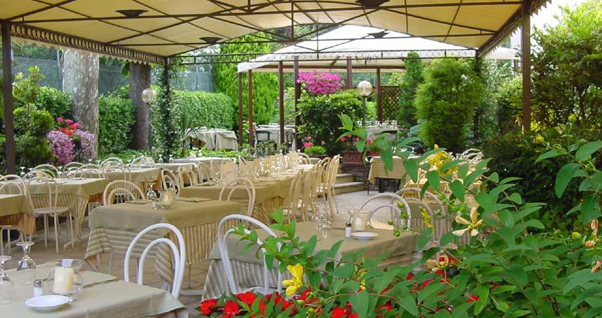 giardino albergo ristorante pizzeria cernobbio On giardino 111 pizzeria