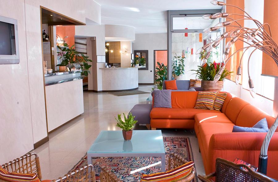 Park hotel meubl for Hotel meuble como